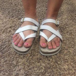 Softt strappy sandals